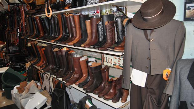 El Valenciano es una de las tiendas de referencia en la venta de botas para montar y para vestir