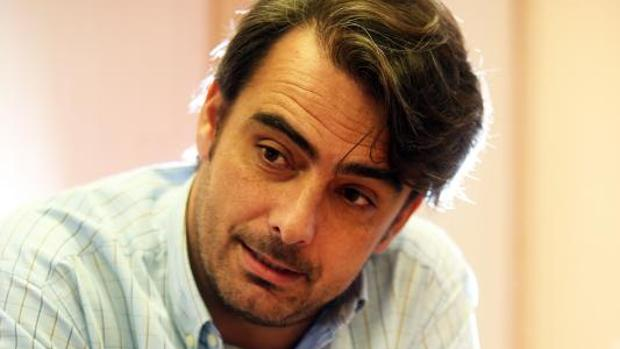 El presidente del PP coruñés, Diego Calvo, durante la entrevista concedida a ABC