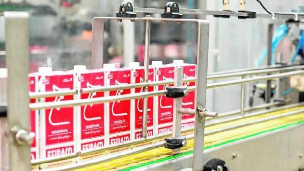 El sector constata la recuperación de los precios, derivada de una caída en la oferta de leche