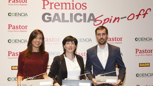 Verónica Rojo, Carme Pampín y Luis Mandayo, ganadores de los II premios Spin-Off