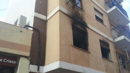 Las llamas han afectado también a la fachada
