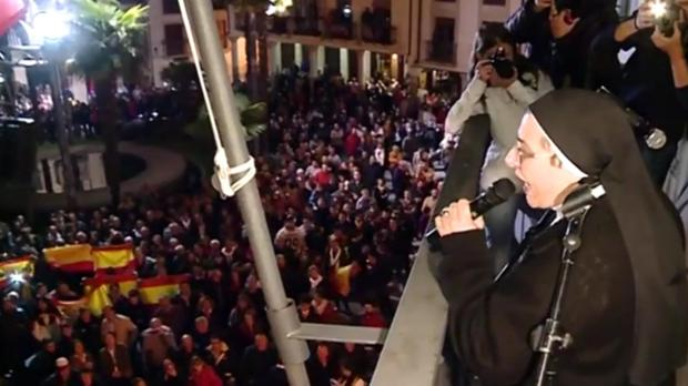 Sor Lucía Caram fue increpada durante el pregón