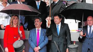Javier Fernández y Susana Díaz se niegan a que el PSOE se abstenga de forma «vergonzante»