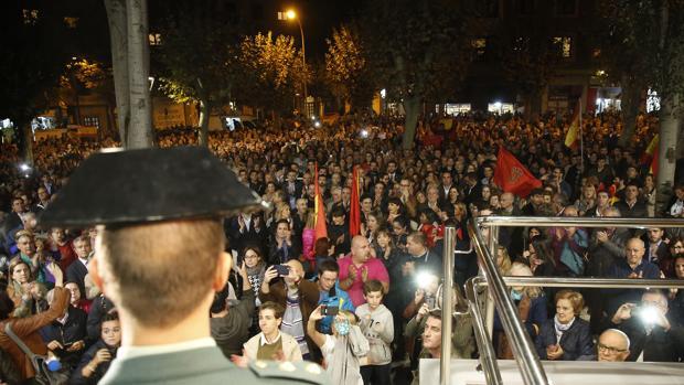 Concentración en apoyo de la Guardia Civil en Navarra
