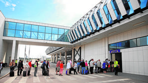 El aeropuerto de Castellón alza el vuelo