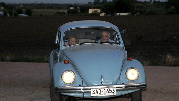 Carmena junto a José Mujica, durante su viaje a Uruguay