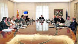 Rajoy podría disolver las Cortes en mayo si se bloquea al Gobierno