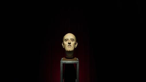 Cabeza de Franco, obra de Eugenio Merino, que cierra la exposición