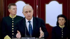 Todos los partidos salvo el PP apoyan la reprobación de Fernández Díaz e instan a su cese