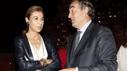 La escritora, Carmen Posada junto al presidente de la CEOE, Juan Rosel