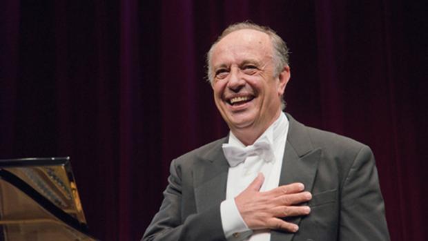 El bartítono italiano, Leo Nucci, durante una actuación