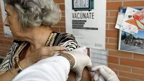 Sanidad deriva a las farmacias las citas para la campaña de vacunación contra la gripe