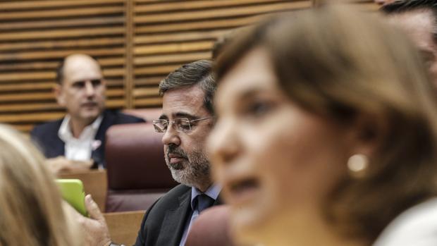 Imagen de Bonig y Castelló tomada este miércoles en las Cortes Valencianas