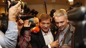 Luena y otros afines a Sánchez votarán con el resto del PSOE la investidura de Rajoy