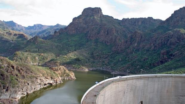 Entorno de presas de Chira-Soria donde se desarrollará la obra de Red Eléctrica en Gran Canaria