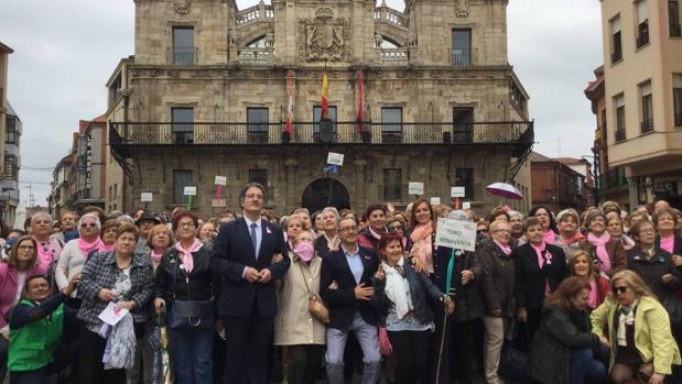 Encuentro de personas diagnosticadas de Cáncer de Mama en Astorga (León)