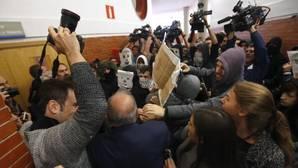 El PSOE acusa a Podemos de los incidentes contra Felipe González en la Universidad Autónoma