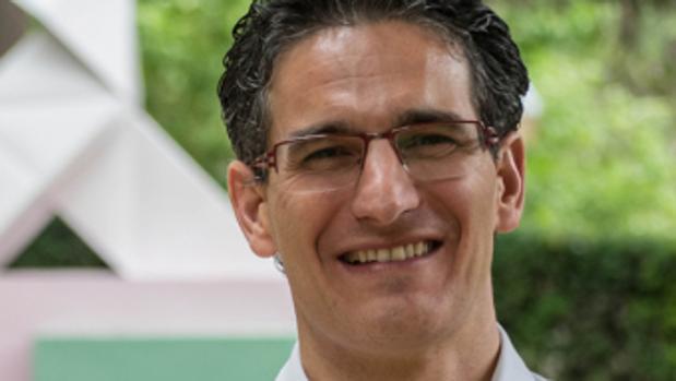 Luis Irzo, concejal oscense del PP denunciado por su esposa