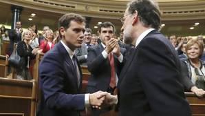 Rivera descarta entrar en el Gobierno de Rajoy: «Si no hay renovación, no»