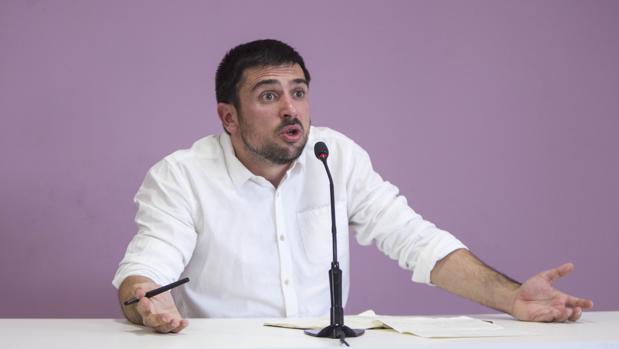 Ramón Espinar, en su rueda de prensa