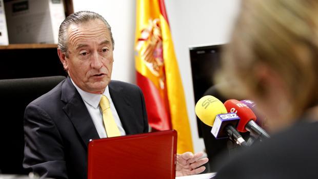Luis Ibáñez, en una rueda de prensa