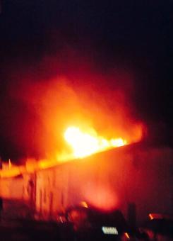 Las llamas se extendieron por varias casas