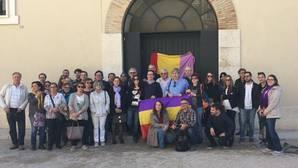 El partido de Mónica Oltra congrega a ochenta personas en una ruta por la «Valencia republicana»