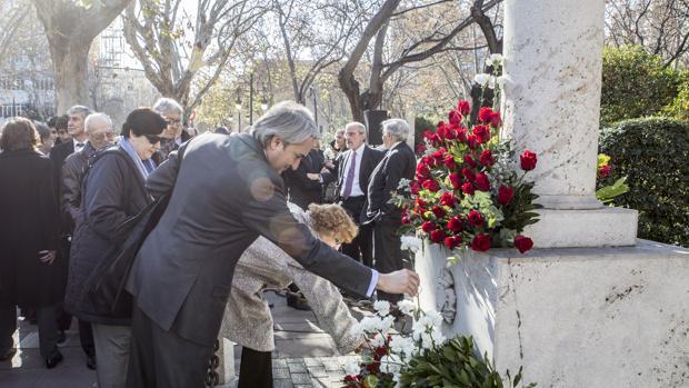 Imagen de archivo de un homenaje a Broseta en Valencia