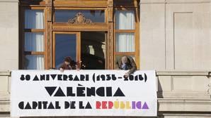 El PP reclama un reglamento para regular el uso de pancartas en el Ayuntamiento de Valencia