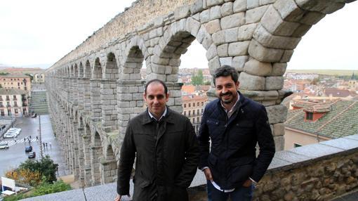Los arqueólogos Santiago Martínez y Víctor Cabañero, autores del estudio sobre el Acueducto