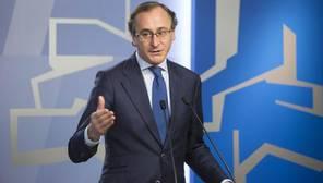 Alonso acusa al PNV de negociar «sillones» con el PSE y «políticas» con EH Bildu