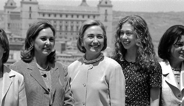 Ana Rodríguez, Hillary Clinton, Chelsea Clinton y Carmen García