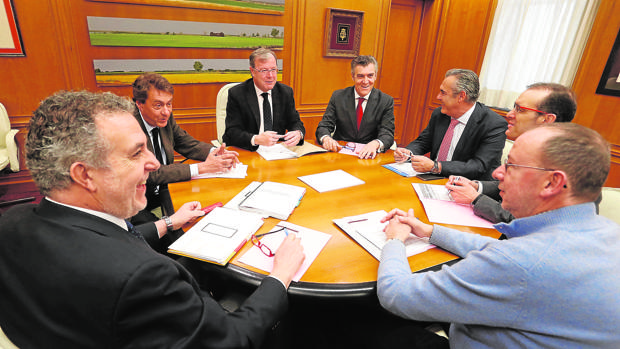 Primera reunión del Consejo de Diálogo Social en León