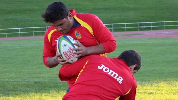 Los «leones» de España se enfrentan a Tonga en la Complutense