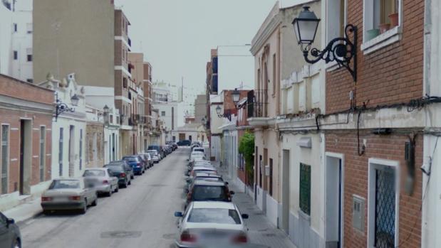 Imagen de la calle del domicilio en la que se produjo el crimen