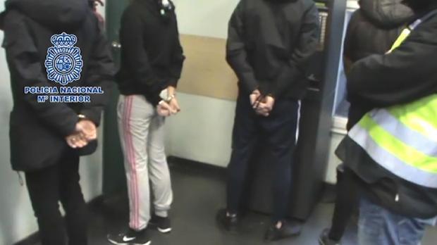 Los detenidos por dar una paliza a tres jóvenes en la calle Téllez