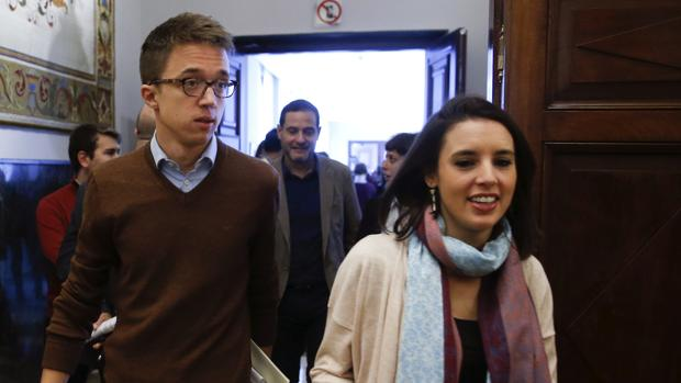 Íñigo Errejón e Irene Montero a su llegada a la Junta de Portavoces
