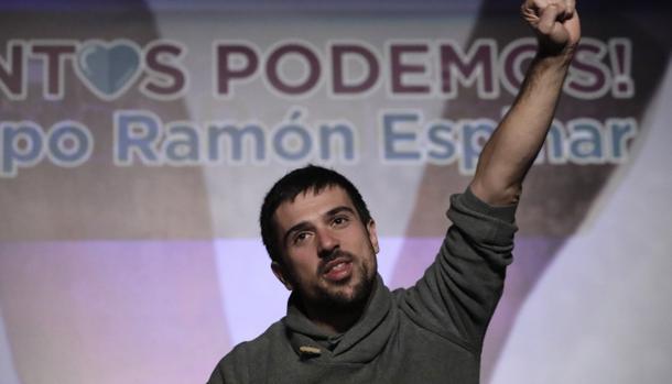 Ramón Espinar insinúa de nuevo en que el PP filtró la venta de su casa protegida