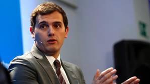 Rivera: «Creo que en un futuro puede haber Gobiernos de coalición en España. De dos mejor que de tres»