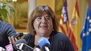 La presidenta del Parlamento balear amagó con no votar los Presupuestos si no se mantenía un convenio