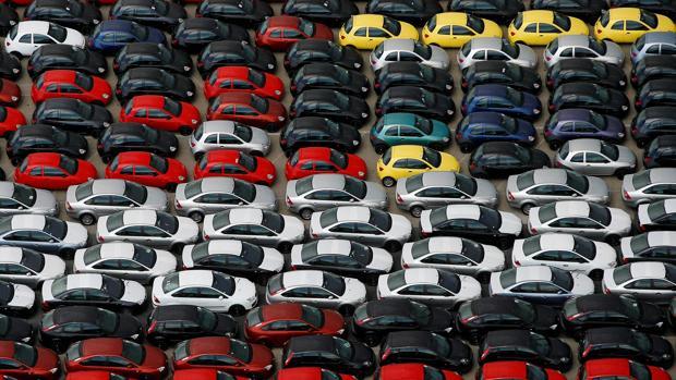Imagen de archivo de vehículos de Ford en el puerto de Valencia