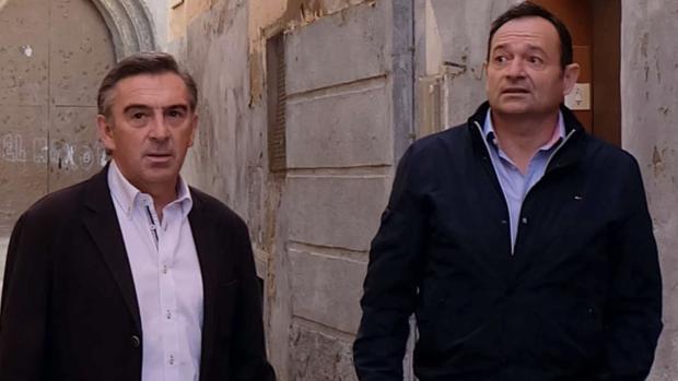 Luis María Beamonte (izquierda), junto a su teniente de alcalde en Tarazona y ahora sustituto en la DPZ, Luis José Arrechea