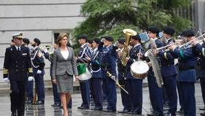 Cospedal se estrena en el cargo con el parte de novedades de las 15 misiones militares en el exterior