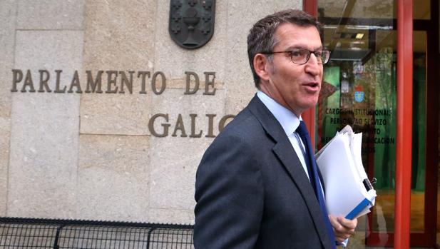 El presidente en funciones, ayer a su llegada al Parlamento de Galicia