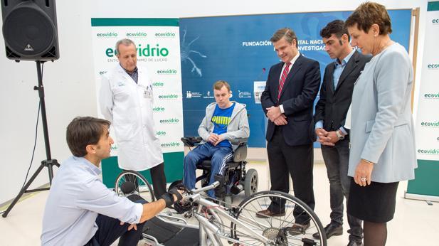 El hospital cuenta desde hacer con una nueva bicicleta de mano