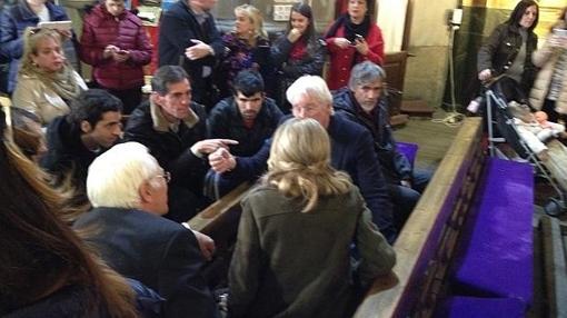 Richard Gere, con los «sin techo» de la iglesia de San Antón de Madrid