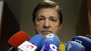 Fernández se reunirá con Iceta para tratar la relación del PSOE con el PSC