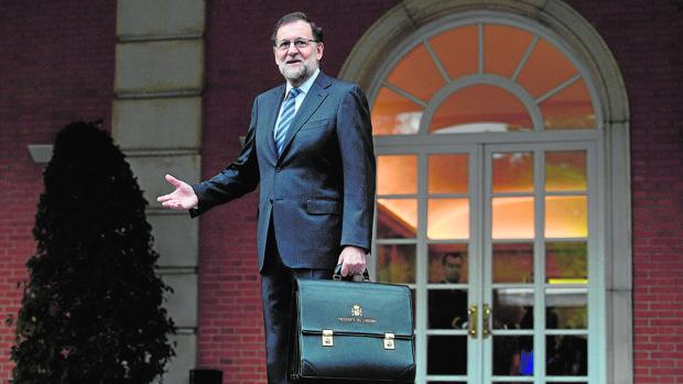 El presidente del Gobierno, Mariano Rajoy, en el Palacio de la Moncloa