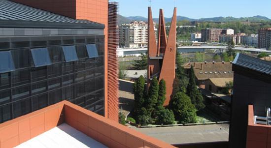 El Rey presidirá el acto en homenaje al centenario de la Facultad de Económicas de Deusto