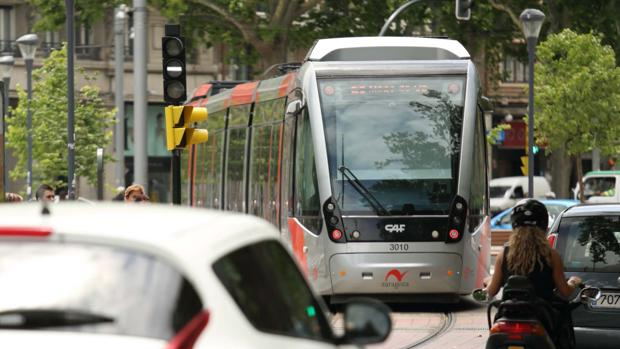 El tranvía le ha dejado a Zaragoza una hipoteca colectiva de 639 millones de euros para 30 años